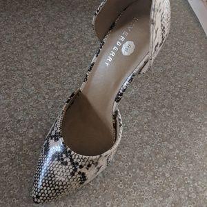 Shoes - Snake skin heels